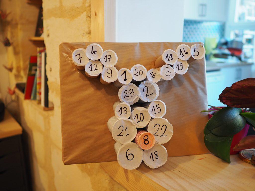 calendrier avent rouleau papier diy