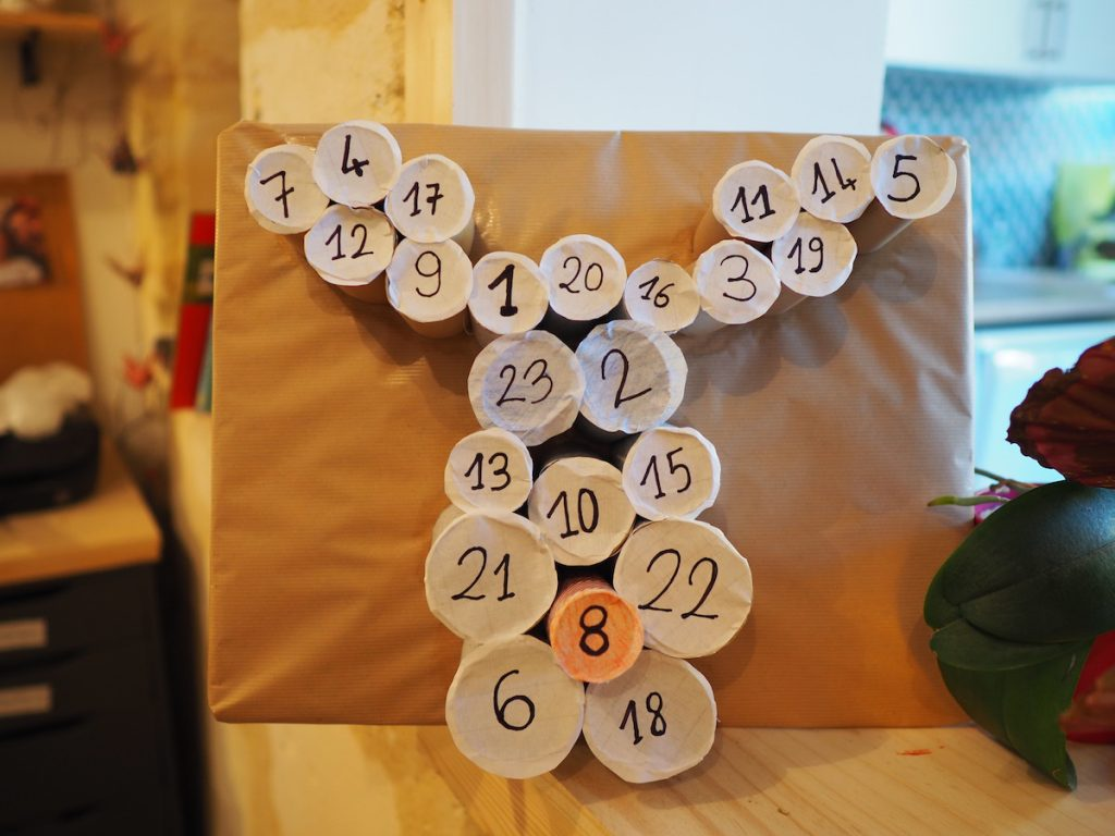diy calendrier avent rouleau